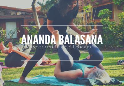 Ananda balasana voor een flexibel lichaam